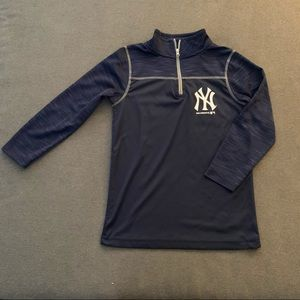 Yankees 1/4 zip lightweight long-sleeve pullover